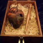 На аукционе ebay продают сердце вампира