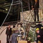 В Киеве с волос составили Эйфелеву башню