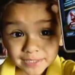 2-летний малыш выучил историю и географию по iPhone