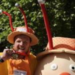 Британец 26 дней преодолевал марафон в костюме улитки