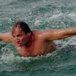 Украинский пловец добрался из Турции до Кипра за 36 часов