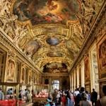 Самым популярным музеем мира назвали Лувр