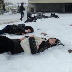 В Луцке 16 подростков заснули на снегу
